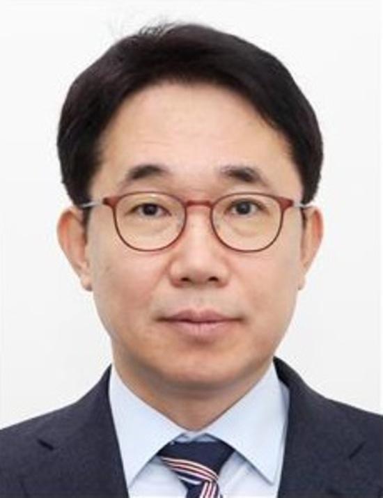 文대통령, 차관 인사 단행… 박선호 국토부 1차관 임명