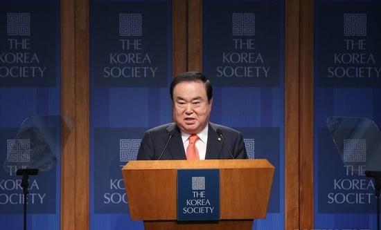 """문희상 의장, """"북한, 핵 폐기시 밝은 미래 보장될 것"""""""